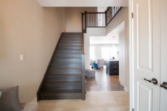custom-homes-main-hallway-01